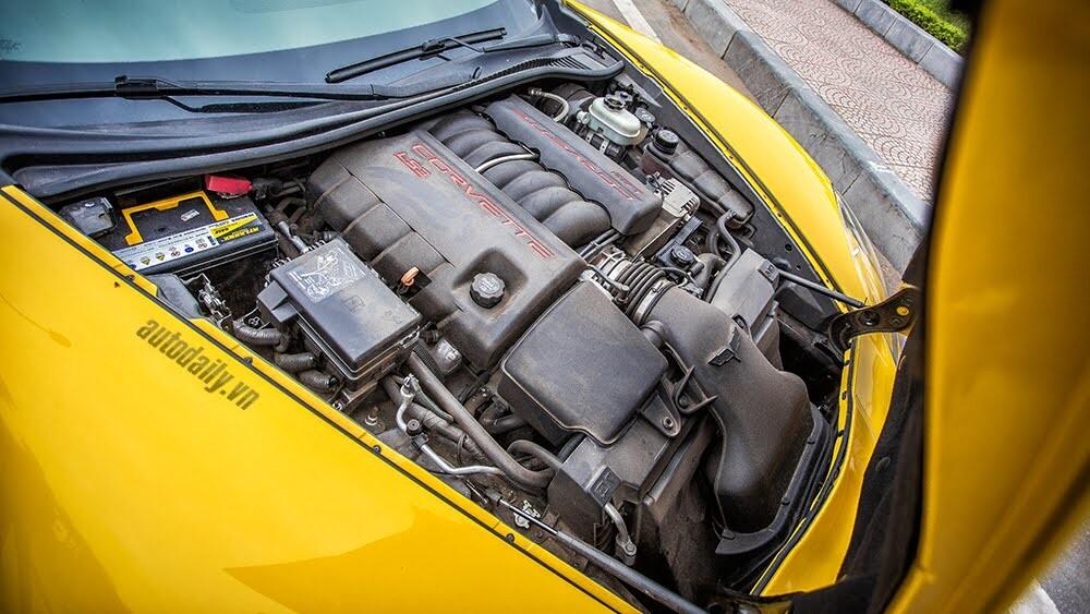 ''Cầm cương'' Chevrolet Corvette C6: Cơ bắp Mỹ đúng điệu - Hình 8
