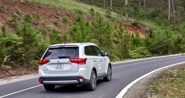 """Cầm lái Mitsubishi Outlander """"từ phố lên rừng"""" (P.2) - Hình 14"""