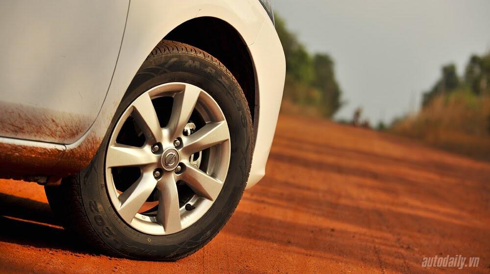 Cầm lái Nissan Sunny qua hành trình 1.000km - Hình 7
