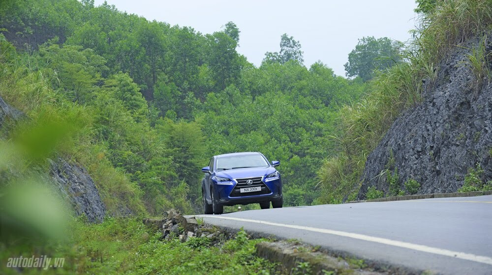 Cầm lái SUV hạng sang Lexus NX200t qua 1.200km - Hình 10