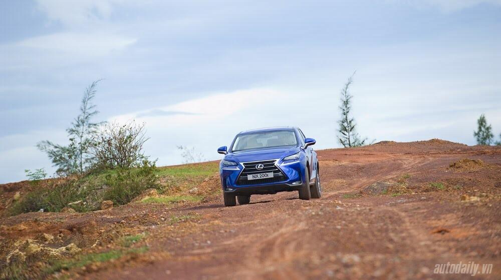 Cầm lái SUV hạng sang Lexus NX200t qua 1.200km - Hình 12