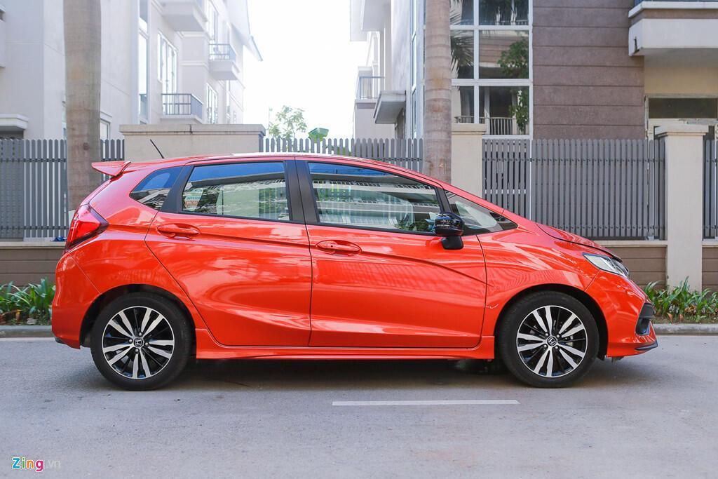 Cảm nhận Honda Jazz: Xe nhập nhỏ gọn cho phụ nữ - Hình 11