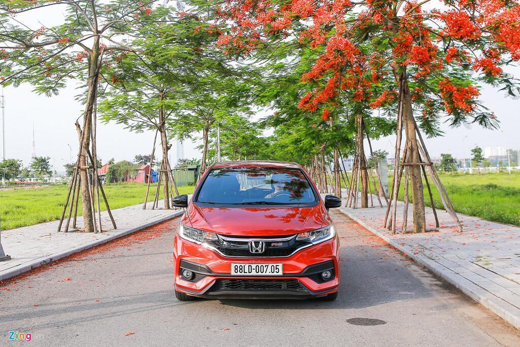 Cảm nhận Honda Jazz: Xe nhập nhỏ gọn cho phụ nữ - Hình 6