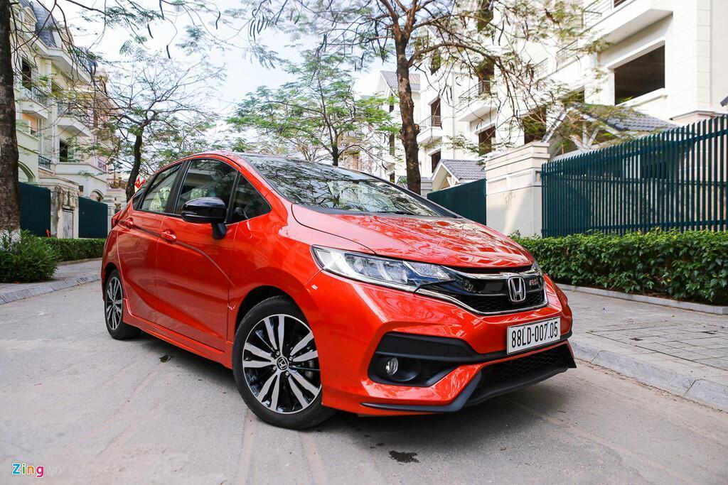 Cảm nhận Honda Jazz: Xe nhập nhỏ gọn cho phụ nữ - Hình 7