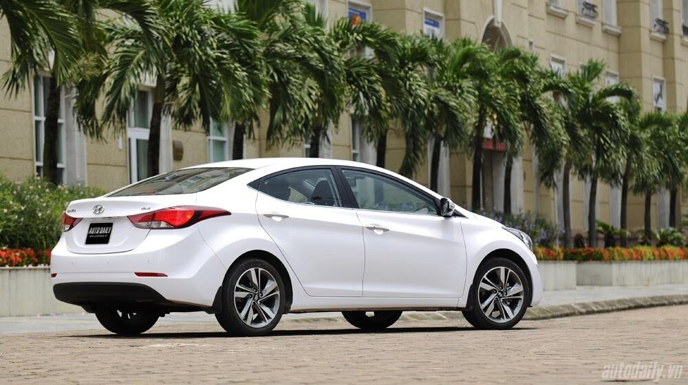 Cảm nhận Hyundai Elantra 2014 - Hình 3