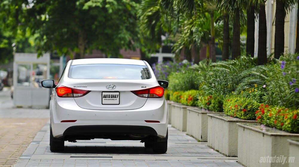 Cảm nhận Hyundai Elantra 2014 - Hình 4