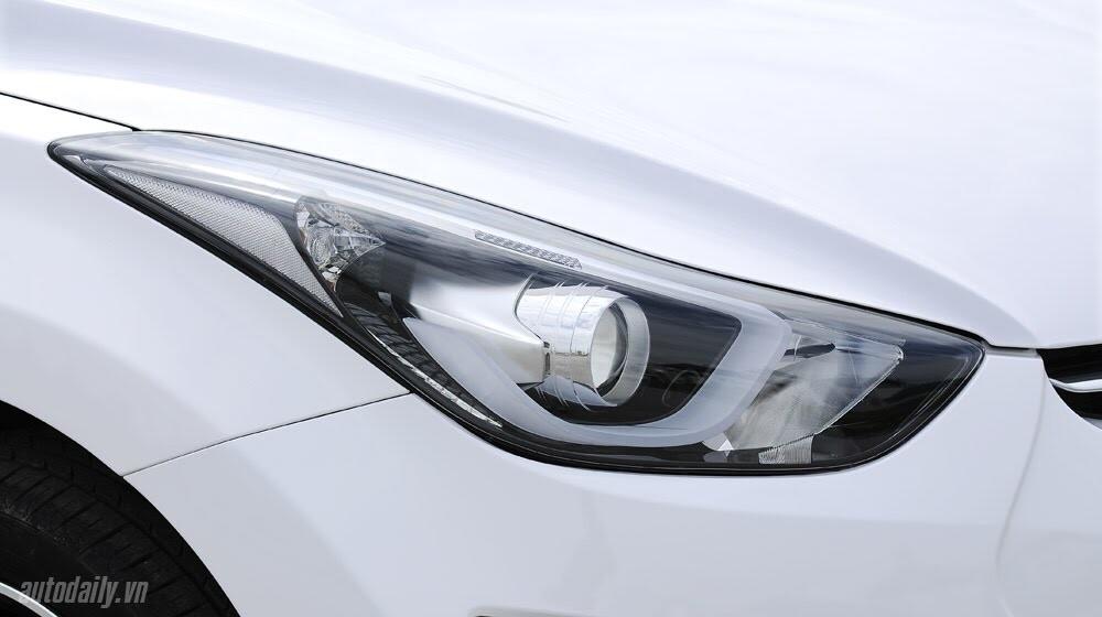 Cảm nhận Hyundai Elantra 2014 - Hình 5