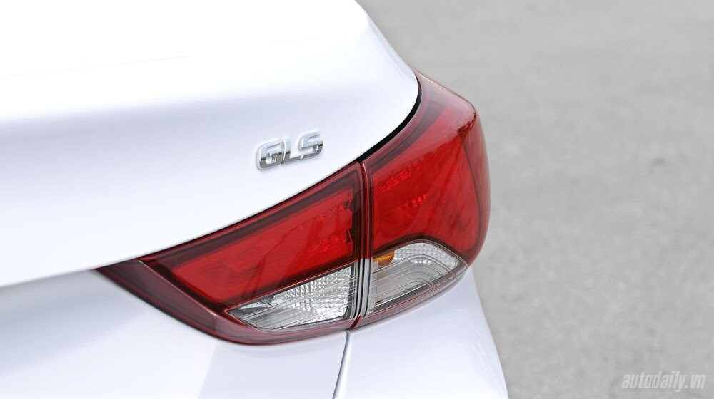 Cảm nhận Hyundai Elantra 2014 - Hình 7