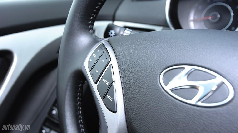 Cảm nhận Hyundai Elantra 2014 - Hình 16