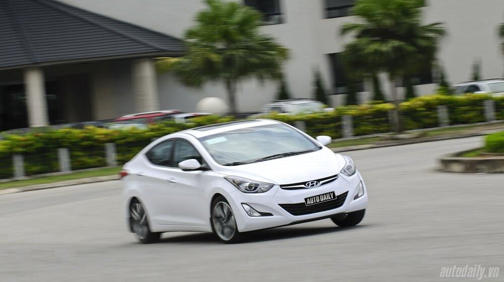 Cảm nhận Hyundai Elantra 2014 - Hình 28