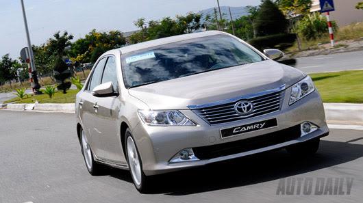 Cảm nhận thực tế Toyota Camry 2.5Q 2012 - Hình 18