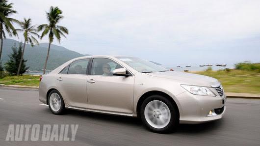 Cảm nhận thực tế Toyota Camry 2.5Q 2012 - Hình 23
