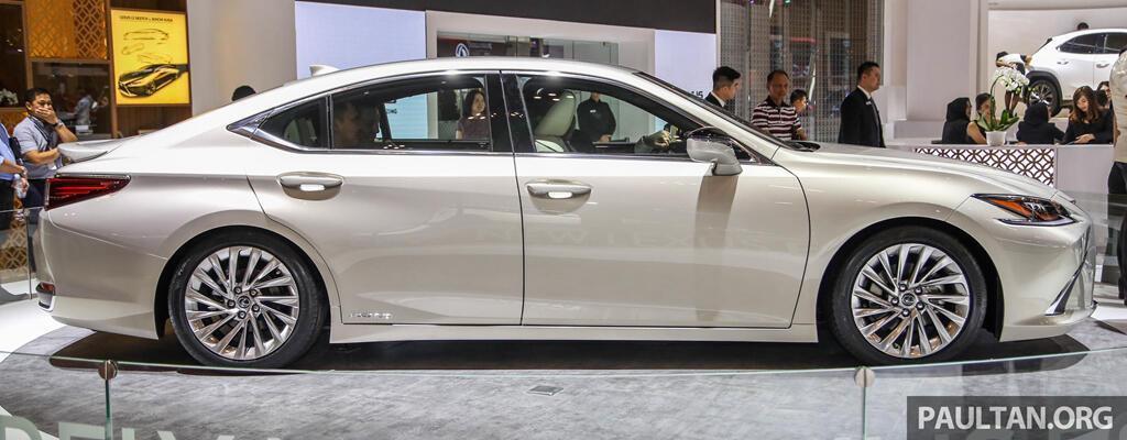 Cận cảnh Lexus ES 2019 đầu tiên cập bến Đông Nam Á - Hình 4