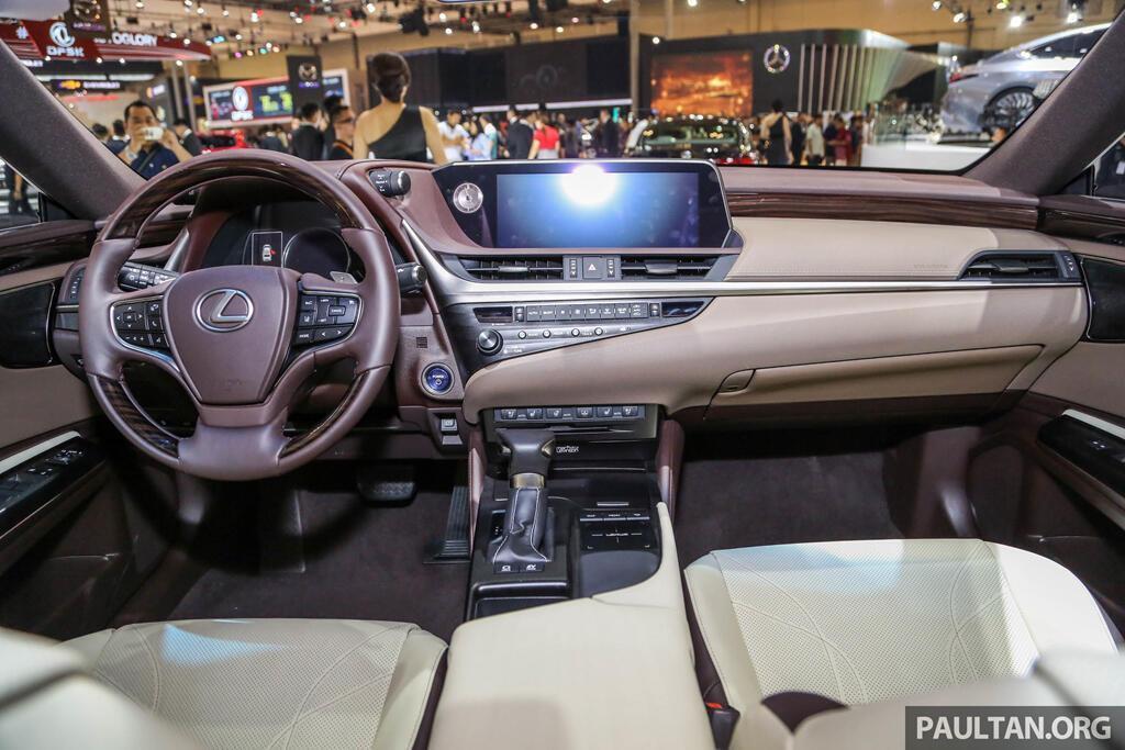 Cận cảnh Lexus ES 2019 đầu tiên cập bến Đông Nam Á - Hình 7