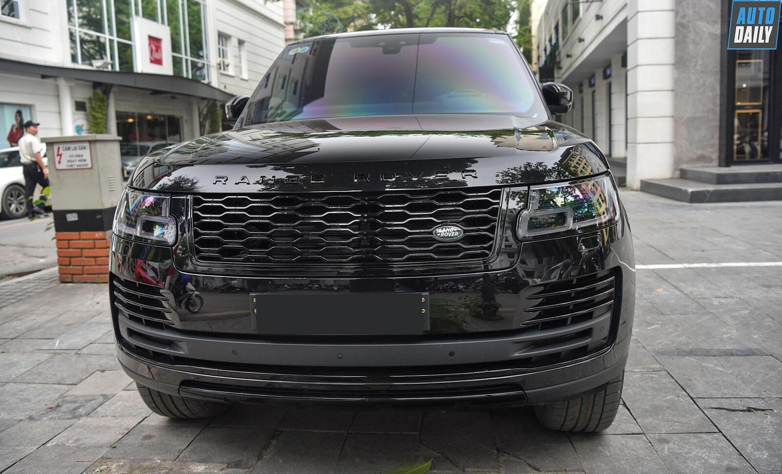 can-canh-range-rover-autobiography-lwb-black-pack-hon-13-ty-tai-hn-11.jpg
