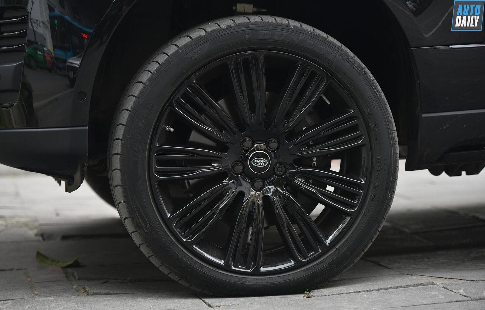 can-canh-range-rover-autobiography-lwb-black-pack-hon-13-ty-tai-hn-14.jpg
