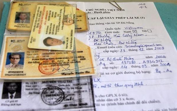 Hồ sơ đề nghị cấp lại giấy phép lái xe