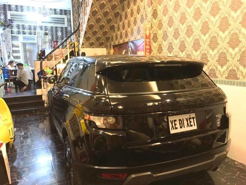 Cầu hôn hot girl, ca sĩ Lâm Chấn Khang mạnh tay mua Lexus RX hơn 4 tỷ - Hình 2