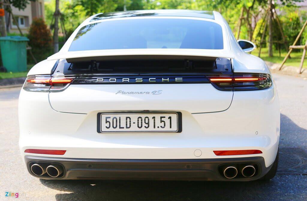 Chất thể thao trong mẫu sedan hạng sang Porsche Panamera 4S 2017 - Hình 8
