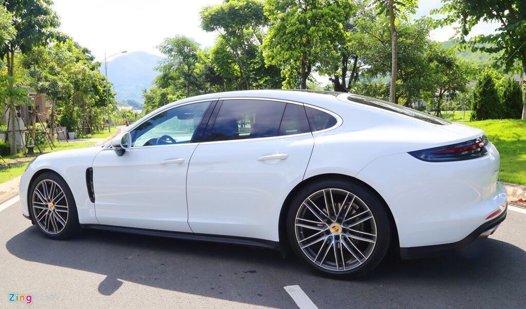 Chất thể thao trong mẫu sedan hạng sang Porsche Panamera 4S 2017 - Hình 18
