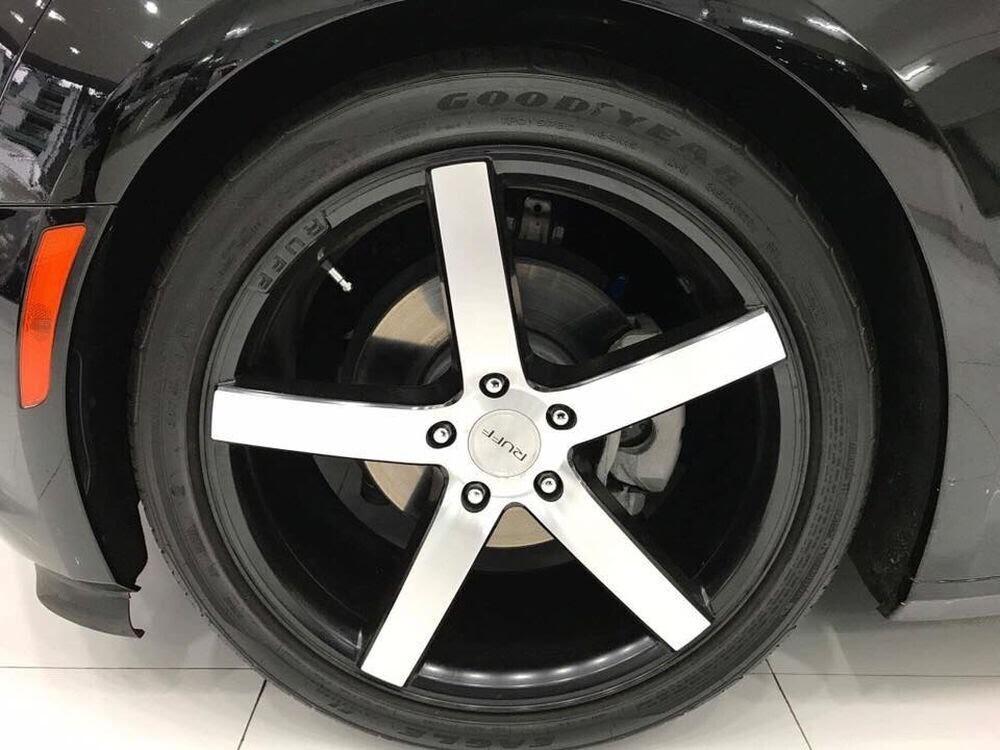 """Chevrolet Camaro RS 2017 hàng hiếm, """"đeo giày"""" Ruff mới về Việt Nam - Hình 3"""