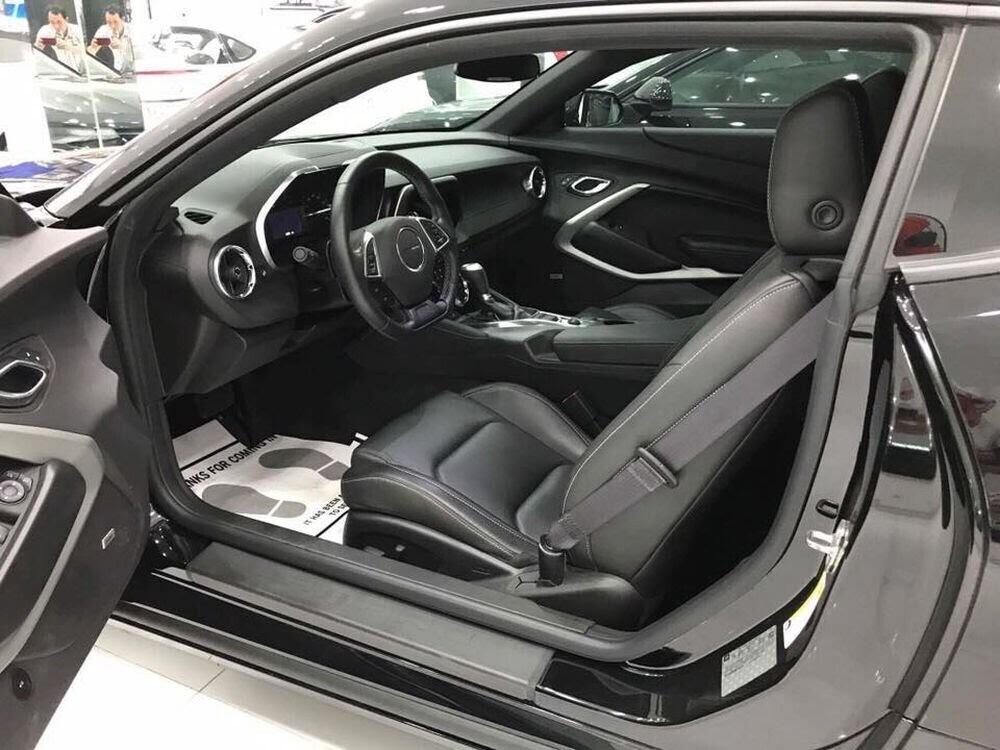 """Chevrolet Camaro RS 2017 hàng hiếm, """"đeo giày"""" Ruff mới về Việt Nam - Hình 4"""