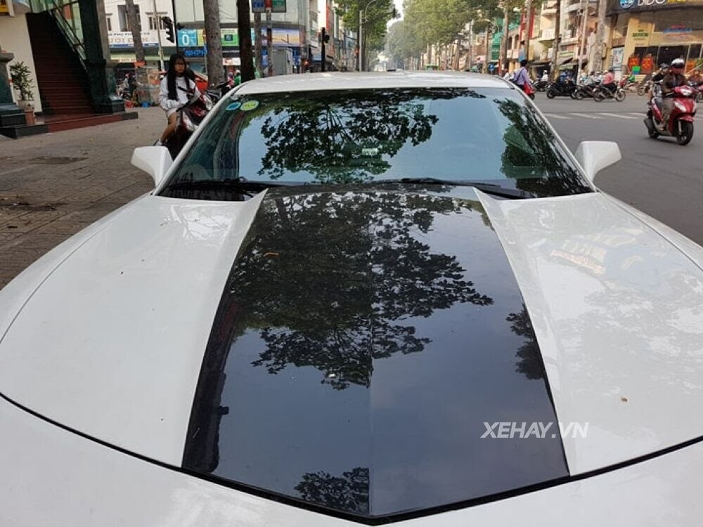 """Chevrolet Camaro RS """"tự tin"""" tỏa sáng khi xuất hiện trên đường phố Sài Gòn - Hình 6"""