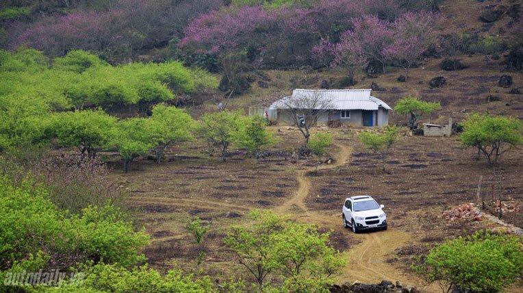Chevrolet Captiva LTZ 2013 - Lấy lại danh tiếng - Hình 24