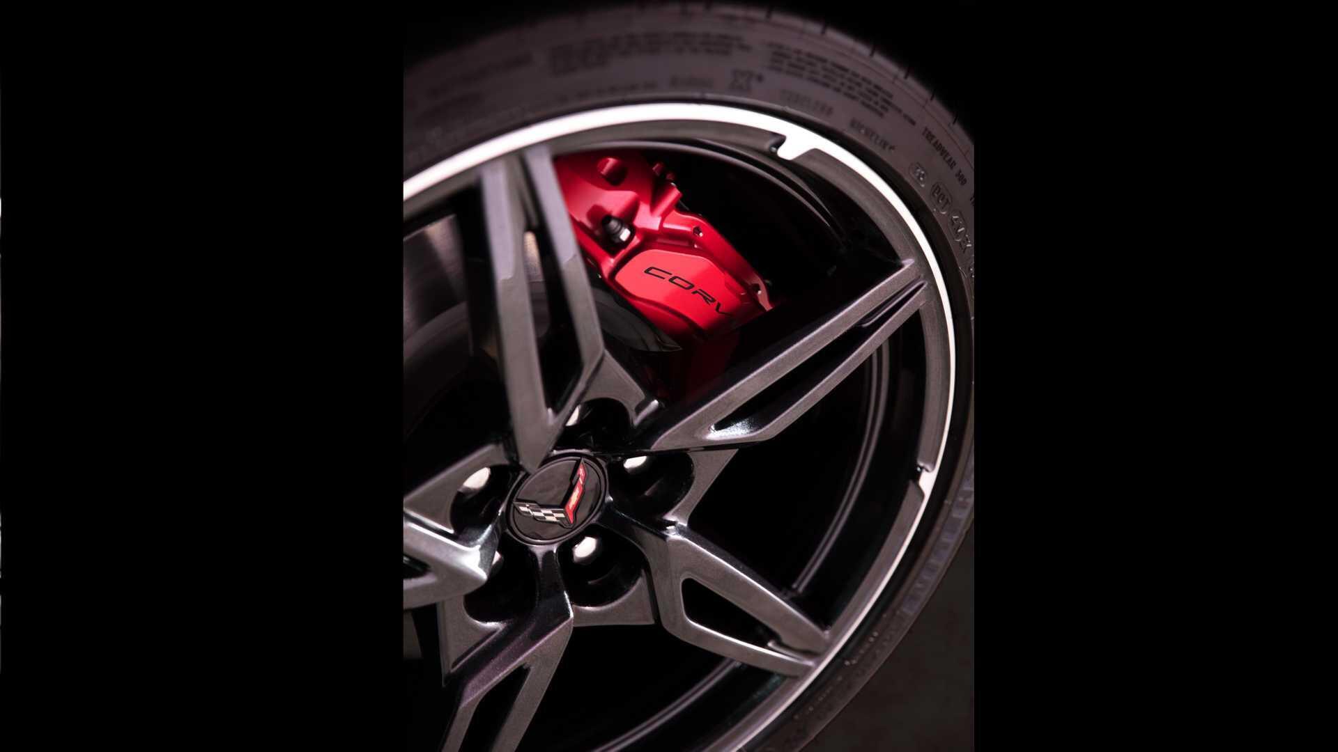 https://cdn.dailyxe.com.vn/image/chevrolet-corvette-2020-co-mot-so-tinh-nang-an-tuyet-voi-66-94573j2.jpg