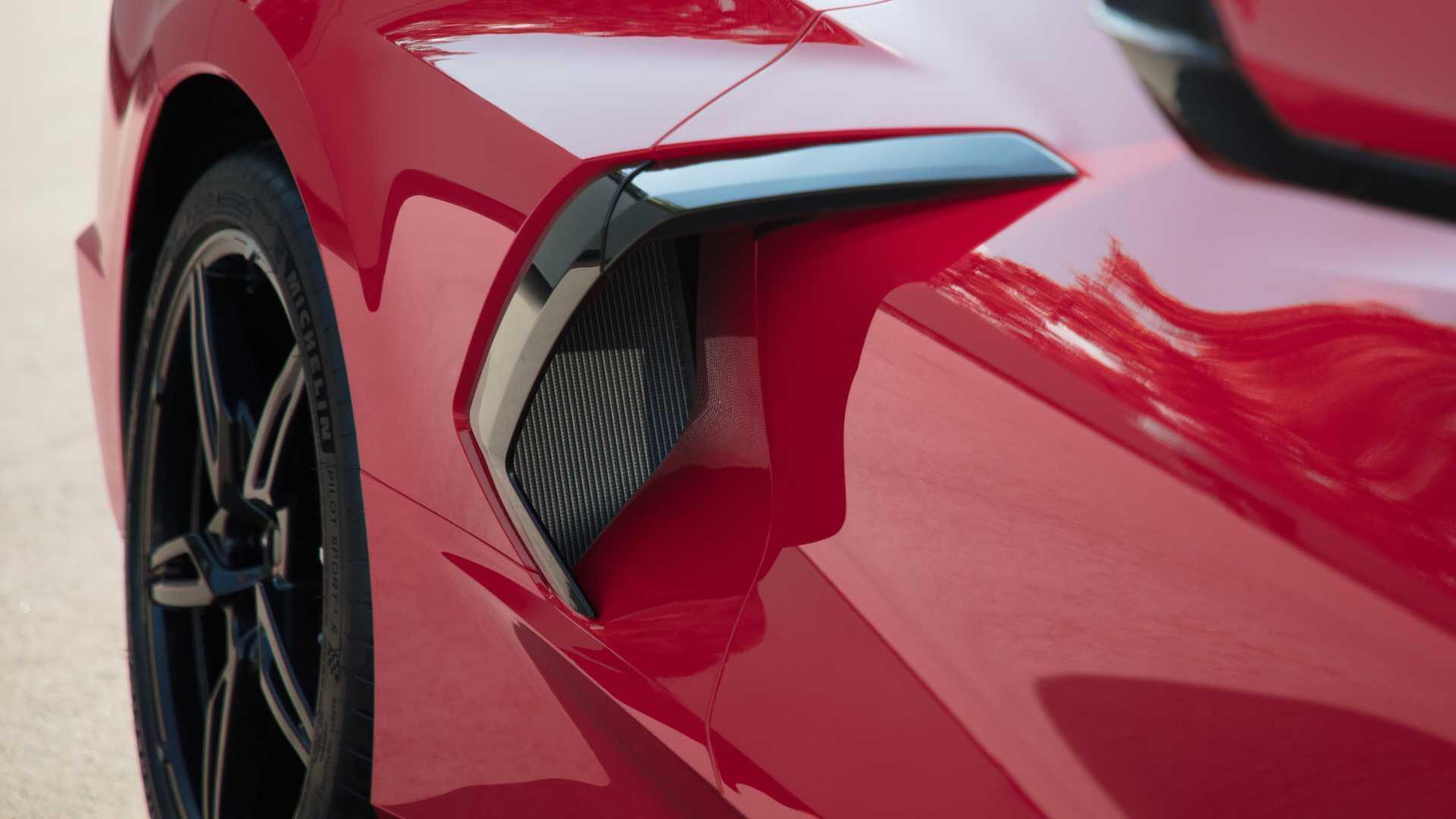 https://cdn.dailyxe.com.vn/image/chevrolet-corvette-2020-co-mot-so-tinh-nang-an-tuyet-voi-70-94571j2.jpg