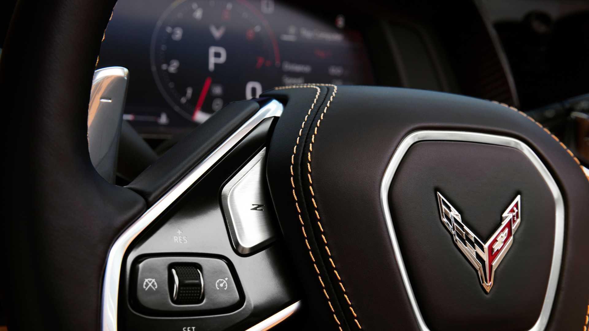 https://cdn.dailyxe.com.vn/image/chevrolet-corvette-2020-co-mot-so-tinh-nang-an-tuyet-voi-85-94592j2.jpg
