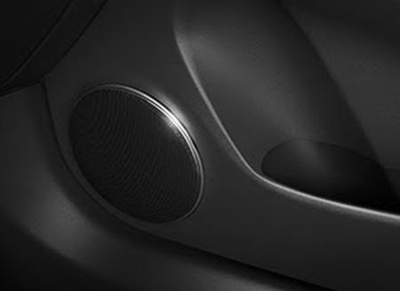 Tận hưởng âm thanh sống động với hệ thống âm thanh 6 loa