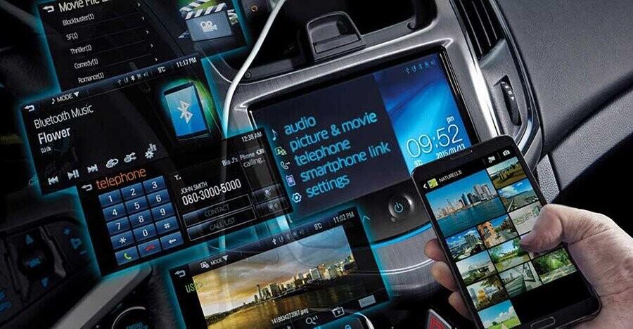 Hệ thống giải trí toàn cầu Chevrolet MyLink với màn hình cảm ứng 7-inch