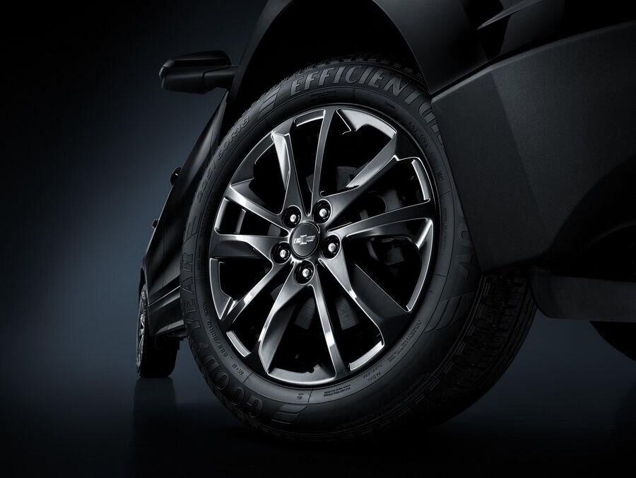 Chevrolet Equinox RS mới được bán ra tại Trung Quốc với giá từ 753 triệu VNĐ - Hình 3