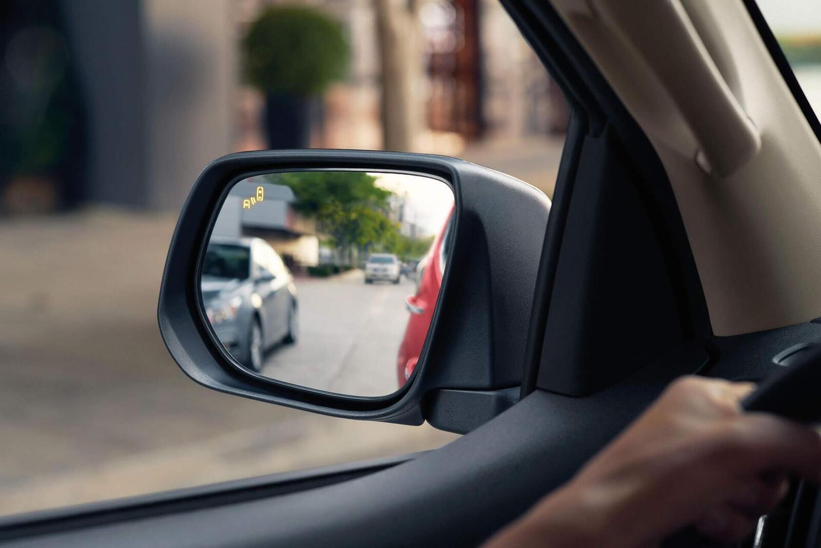 Chevrolet Trailblazer đã có giá bán; chỉ từ 859 triệu đồng - Hình 13