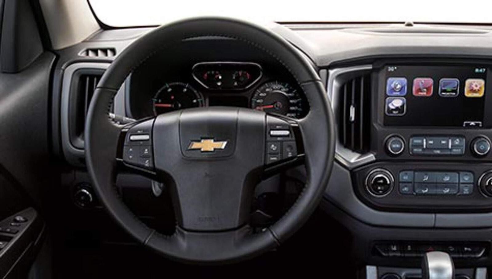 Chevrolet Trailblazer đã có giá bán; chỉ từ 859 triệu đồng - Hình 18