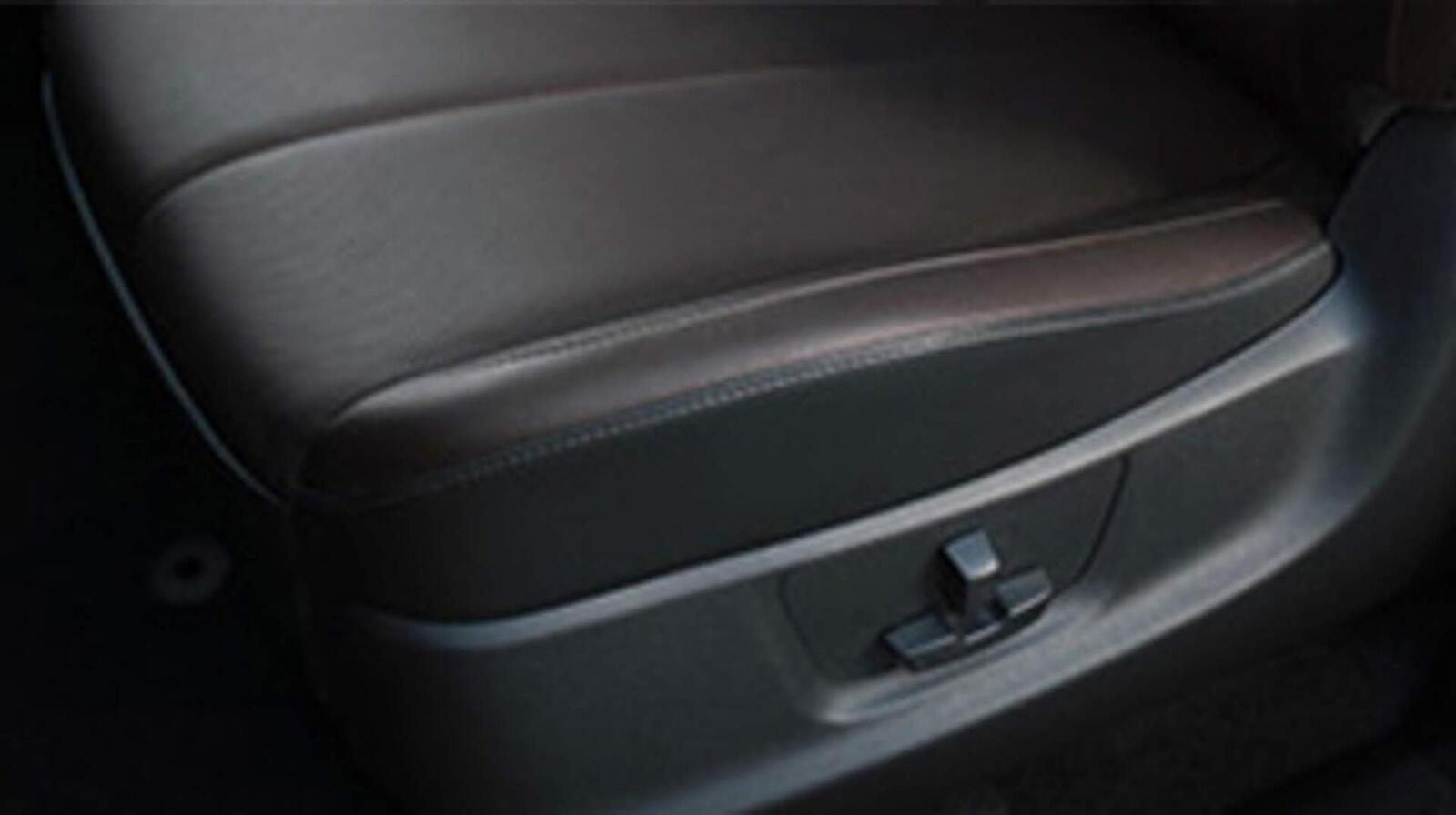 Chevrolet Trailblazer đã có giá bán; chỉ từ 859 triệu đồng - Hình 20