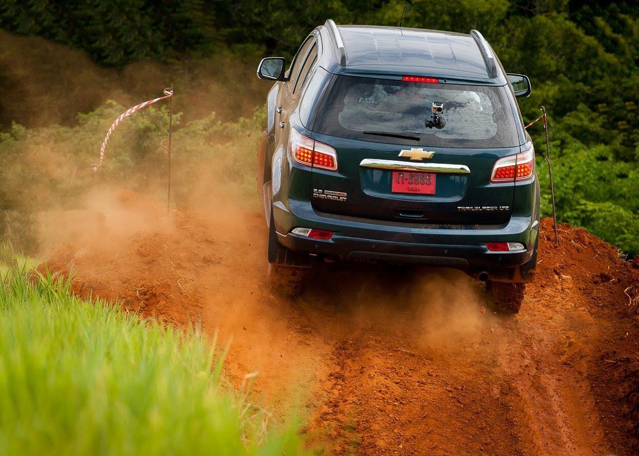 Chevrolet Trailblazer trải nghiệm loạt bài test khó nhằn trước khi ra mắt - Hình 1