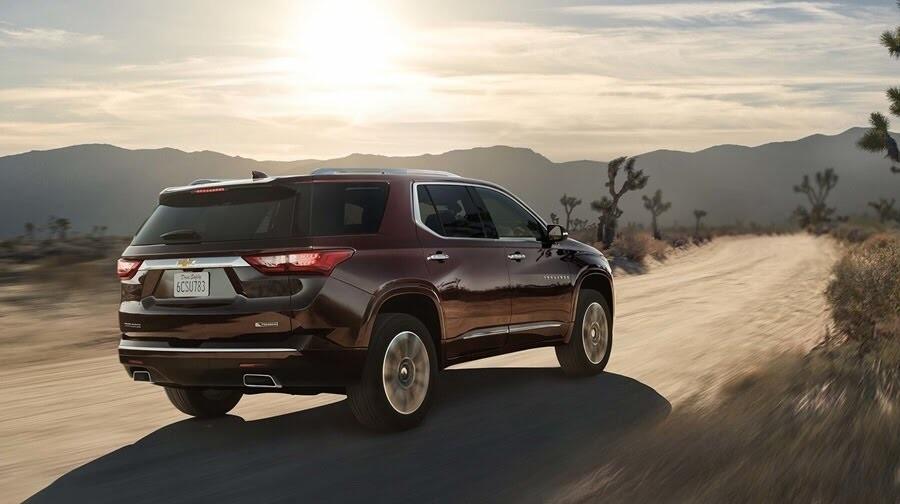 Chevrolet Traverse 2018 có giá từ 30.875 USD - Hình 3