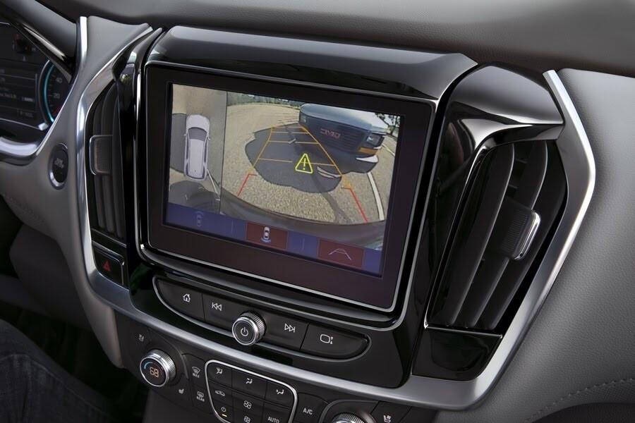 Chevrolet Traverse 2018 có giá từ 30.875 USD - Hình 15