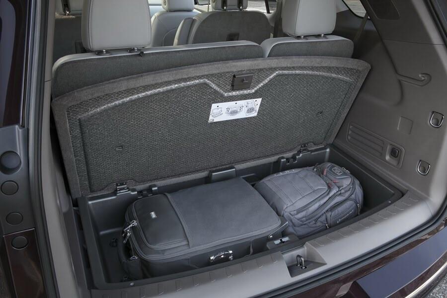 Chevrolet Traverse 2018 có giá từ 30.875 USD - Hình 20