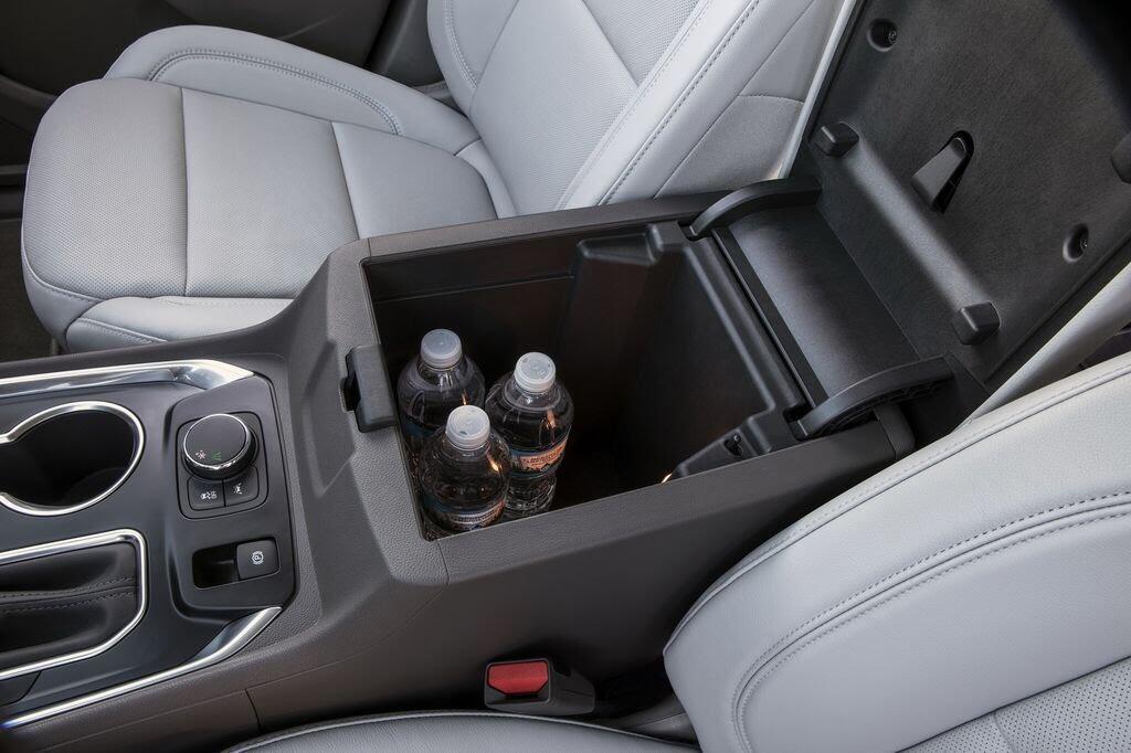 Chevrolet Traverse 2018 sẽ nhận được nhiều công nghệ và tiện ích mới - Hình 7