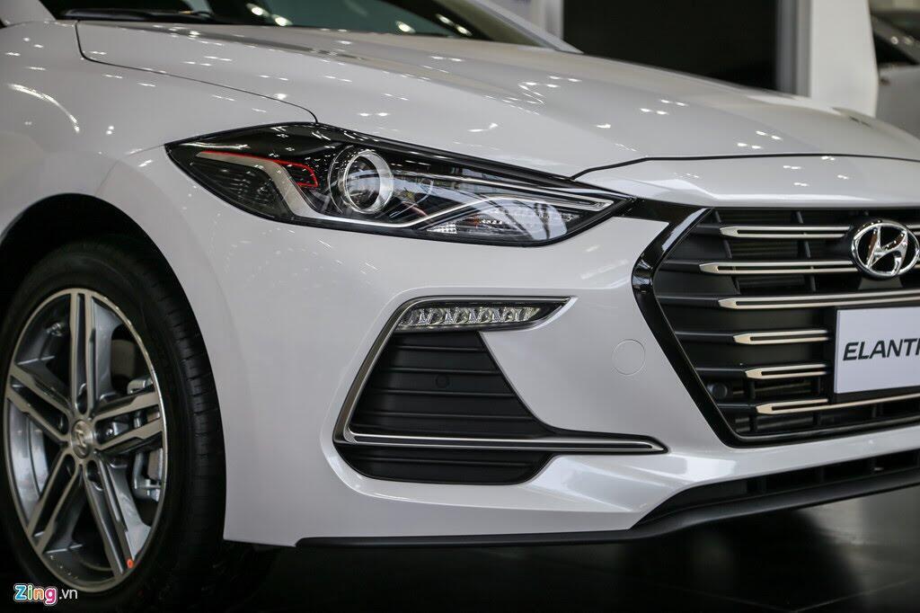 Chi tiết Hyundai Elantra Sport giá 729 triệu đồng tại Việt Nam - Hình 2