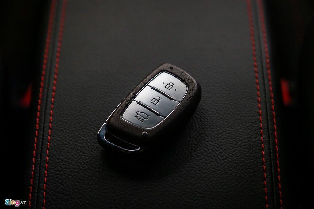 Chi tiết Hyundai Elantra Sport giá 729 triệu đồng tại Việt Nam - Hình 11