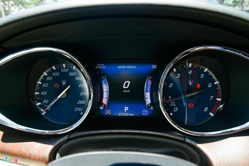 chi-tiet-maserati-quattroporte-sedan-hang-sang-gia-tu-7-7-ty-dong