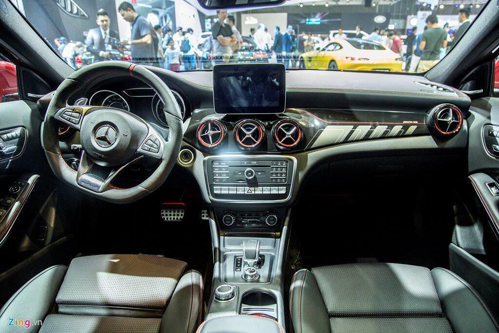 Chi tiết Mercedes GLA 45 AMG giá 2,4 tỷ vừa ra mắt tại VN - Hình 10