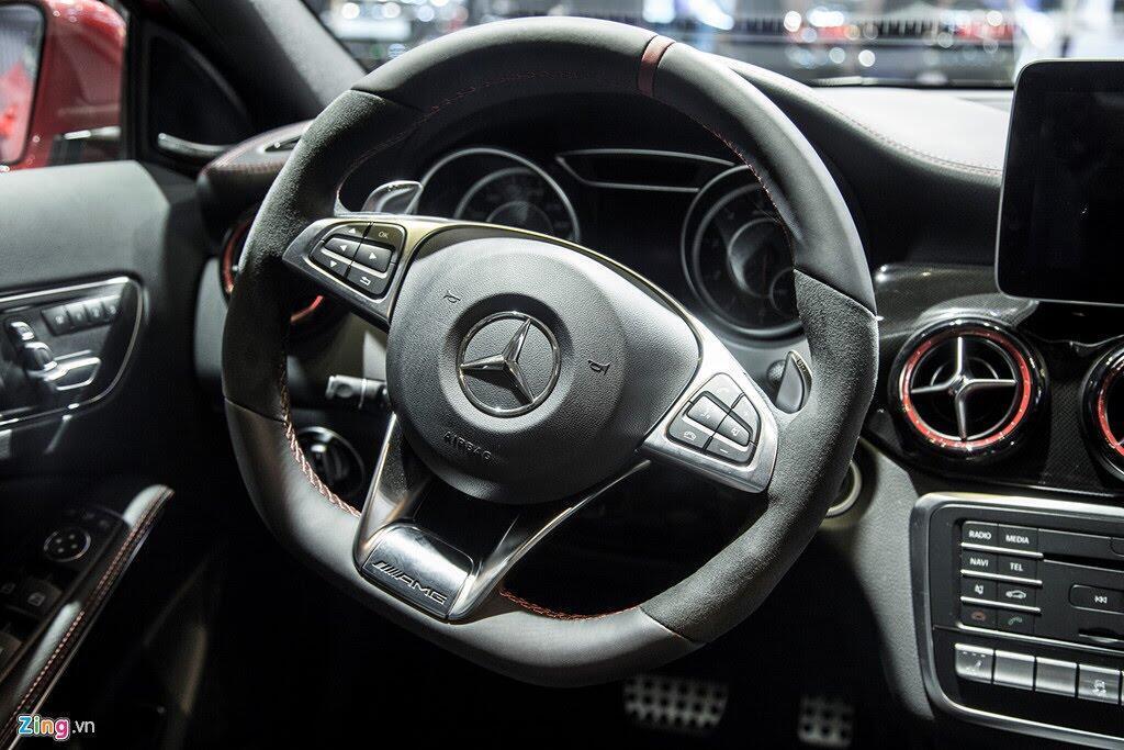 Chi tiết Mercedes GLA 45 AMG giá 2,4 tỷ vừa ra mắt tại VN - Hình 11