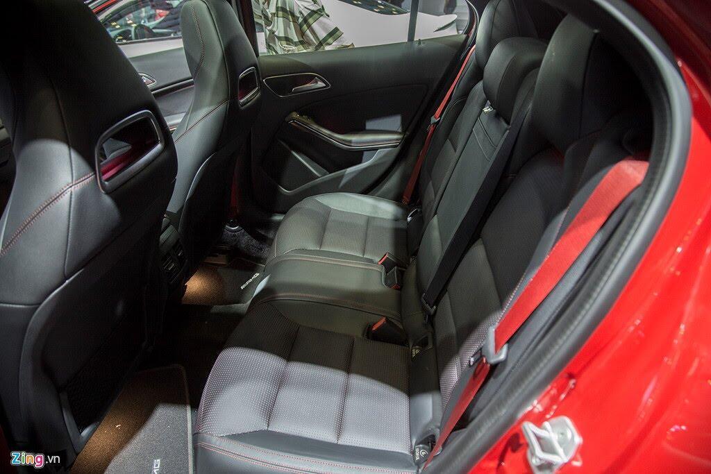 Chi tiết Mercedes GLA 45 AMG giá 2,4 tỷ vừa ra mắt tại VN - Hình 13