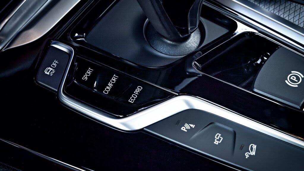 Chi tiết SUV hạng sang cỡ nhỏ BMW X3 2018 vừa ra mắt - Hình 11