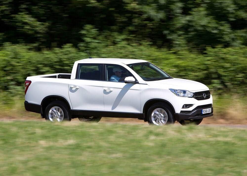 Chi tiết xe bán tải SsangYong Musso giá rẻ vừa ra mắt - Hình 2